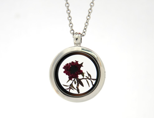 Red Manuka Locket
